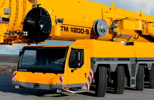 gruas-moviles-autopropulsadas-mas-de-130t